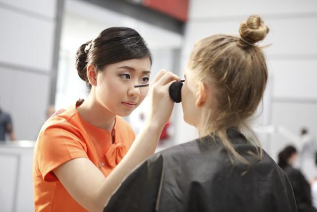 Beauty therapist facial